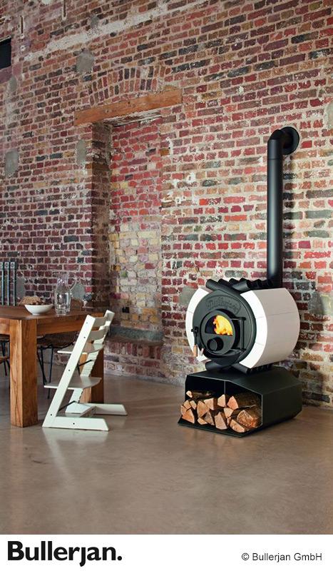 Bullerjan Free Flow 14 Ofen mit Keramik-Elementen und Holzfach